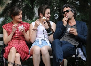Begin_Again-Keira_Knightley-Mark_Ruffalo-Hailee_Steinfeld
